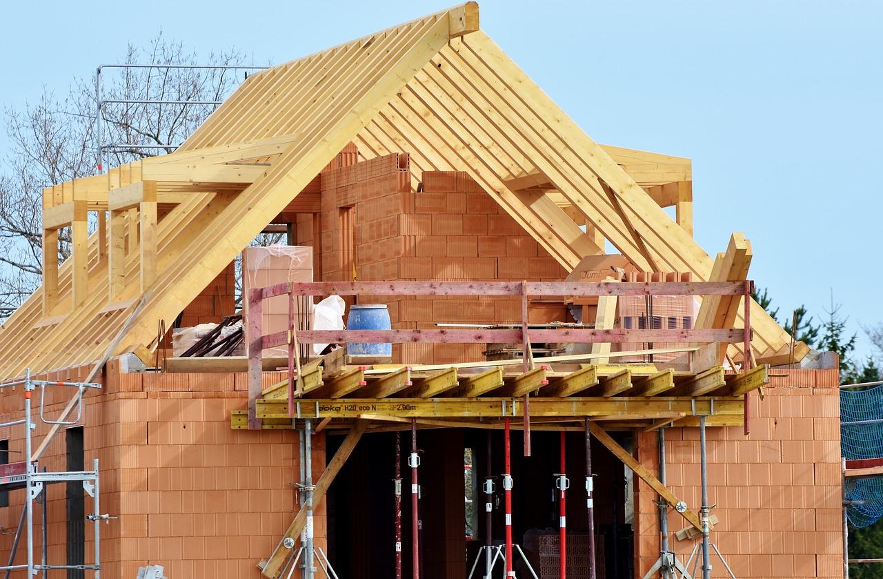 Badania geologiczne przed budową domu – kiedy je wykonać?