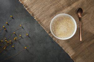 Płatki owsiane pełnoziarniste – najlepszy wybór na śniadanie